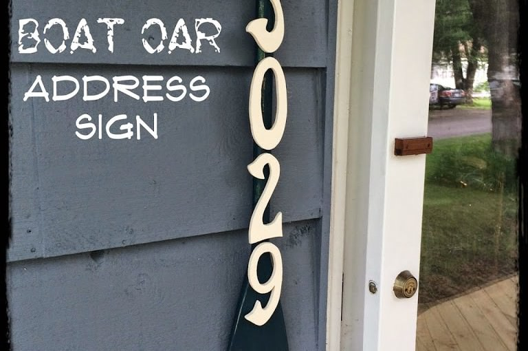 Lake House Boat Oar Address