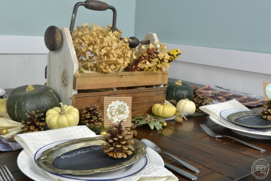 nature inspired thanksgiving table