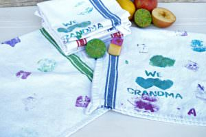 DIY Mother's Day gift idea | mother's day gift made by kids | Fruit stamped kitchen towels | handmade mother's day gift for mom or grandma