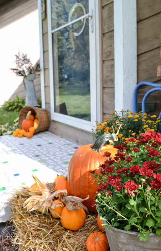 fall-front-porch-with-pumpkins-and-mums-7