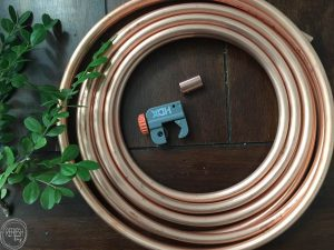 This is such a great idea - use copper tubing to make a wreath form!