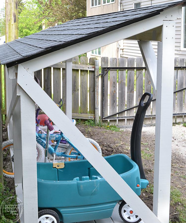 Diy Backyard Bike Storage With An Easy To Install Roof
