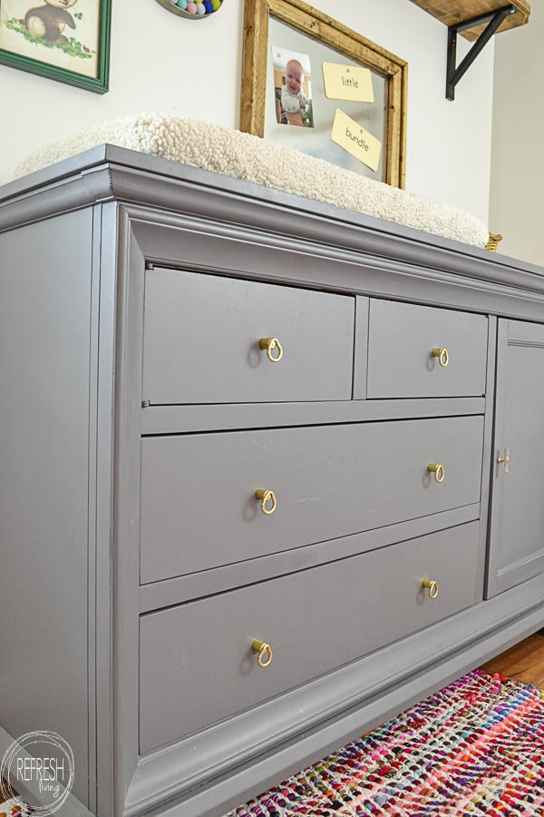 Charmant How To Paint A Dresser For A Nursery Changing Table 6