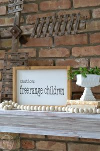 I need this sign! This tutorial includes a graphic that can be made into a stencil or transferred to wood using a printer and permanent marker or paint pen. Plus, it shows how to make a white sign with a wood frame. An easy DIY project that makes me smile!