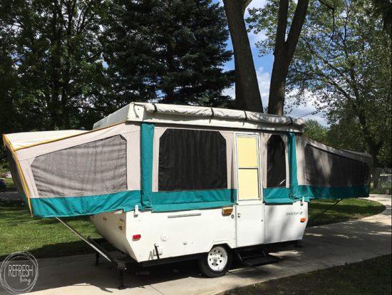 Living In A Pop Up Camper : Pop-Up Camper Remodel: Vintage Flea Market Design Plans ...