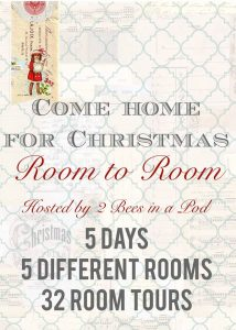 There are so many good ideas on how to decorate different rooms for Christmas!
