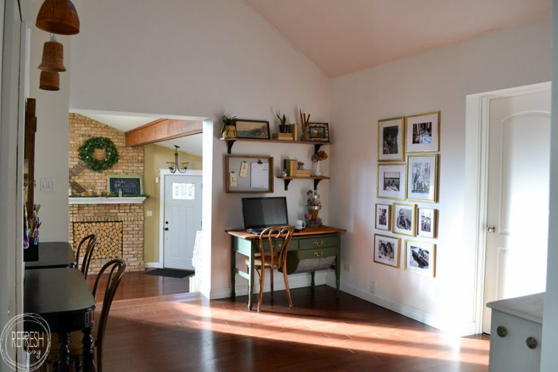 This Office Has A Vintage Farmhouse Feel With Modern Touches Including A  Dark Green Desk,
