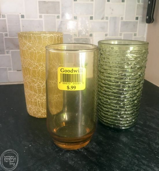 Cool idea to reuse old juice glasses AND bring pollinators into your backyard! What an easy way to make a DIY bee hotel for mason bees via Refresh Living.