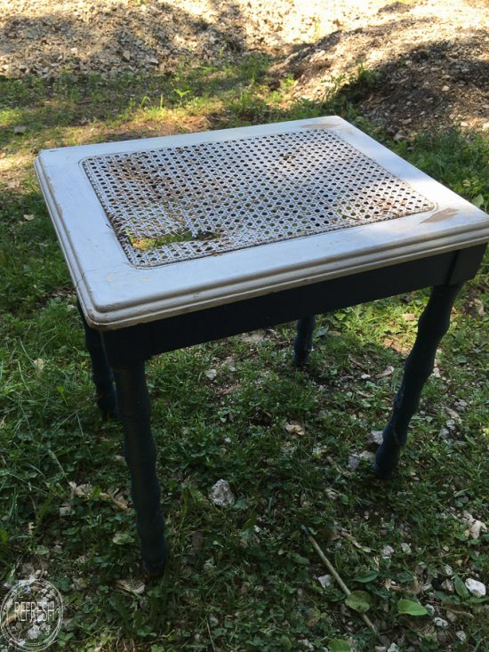 I see chairs, tables, and benches with broken cane all the time. Now this is a great way to fix the broken caning and give it a whole new look.