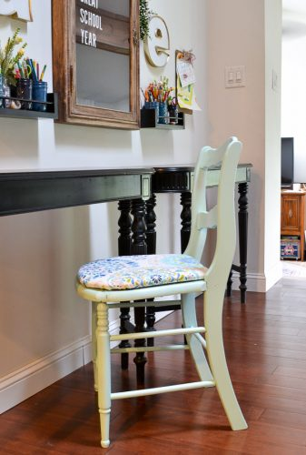 Easy tips for fixing a chair with a broken seat and how to reupholster a chair seat.
