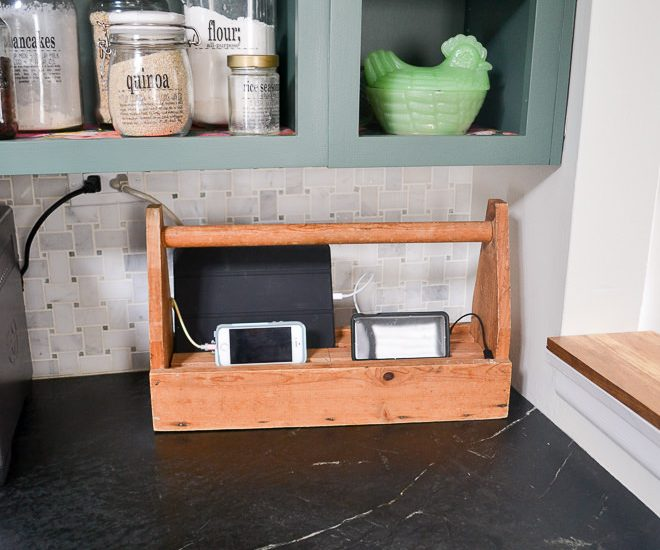 Love this idea to use an old tool crate and turn it into a charging station. I see these vintage caddies in the basements of estate sales all the time!