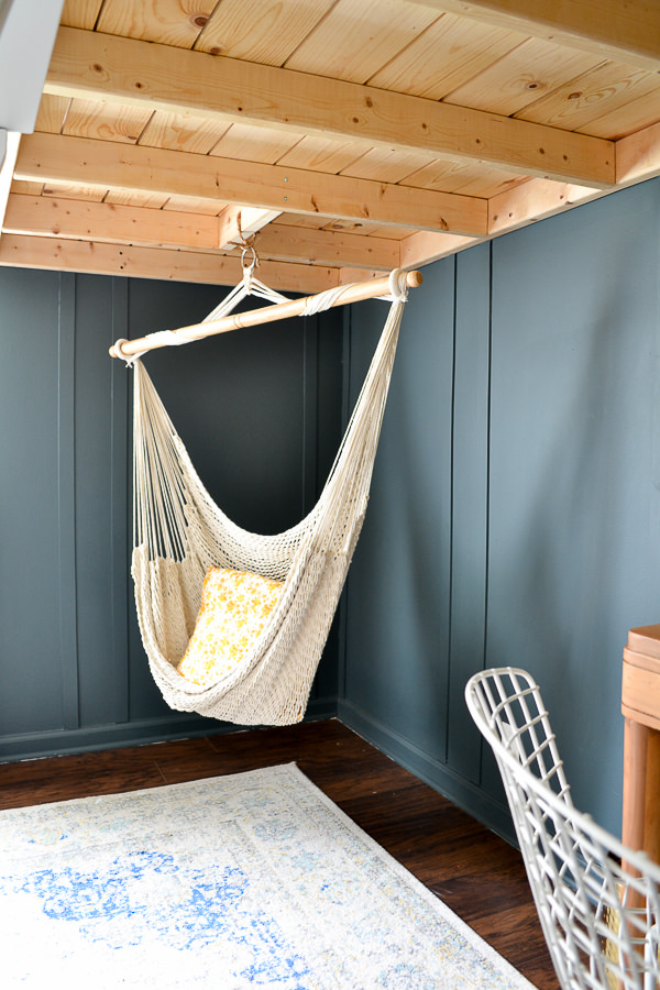 Kids bedroom makeover with modern, vintage, and boho style.
