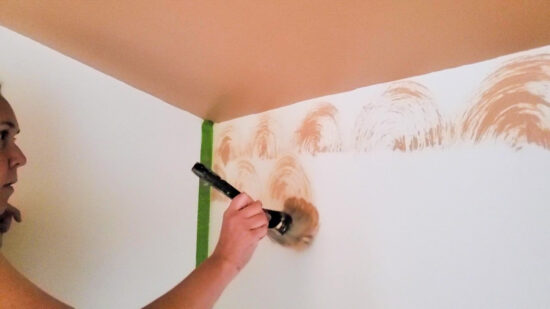 Create the look of wallpaper for cheap with only paint and a paint brush! No fancy painting skills or stencils required - this pattern is so pretty and super easy!