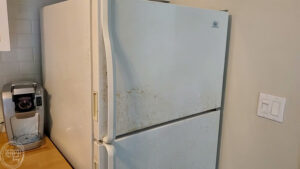 How to paint a fridge to get rid of rust spots. This tutorial walks through all the steps and show the best type of paint to use to paint a fridge.